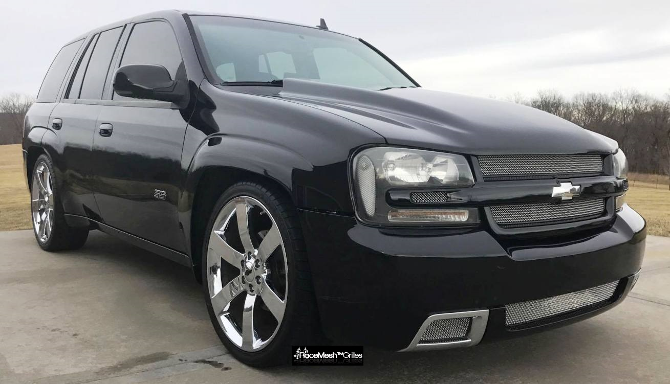 chevy trailblazer ss 10 piece set 2006 2009 with rear license plate insert. Black Bedroom Furniture Sets. Home Design Ideas